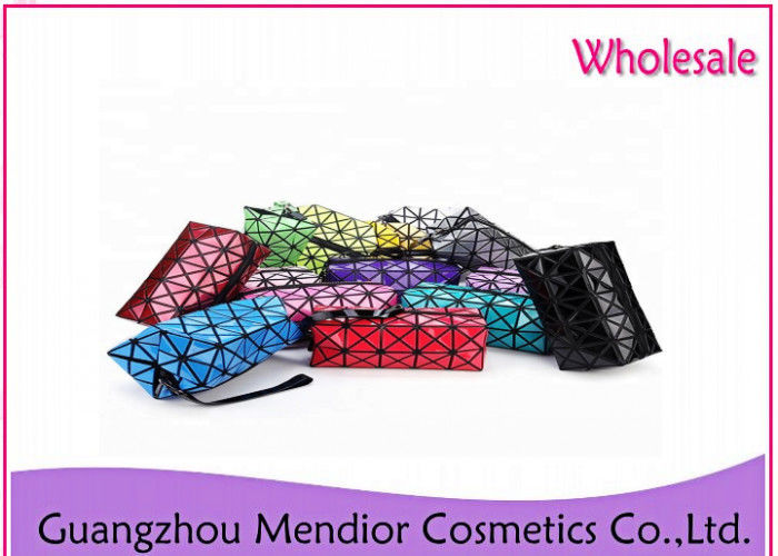 Geometry Lattice Large Flat Makeup Bag Fashion Bright L5 X W2 X H3 Dimension