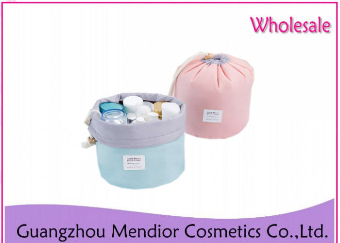 Multi Functional Hanging Cosmetic Bag , Cylinder Outdoor Portable Makeup Bag