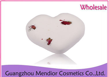 China Smooth Whitening Natural Bath Bombs Milk Dry Flower Heart Shaped Bath Bomb factory